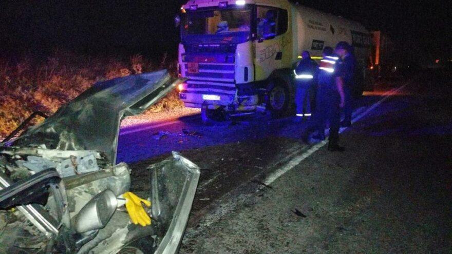 Balıkesir'de trafik kazası: 2 ölü