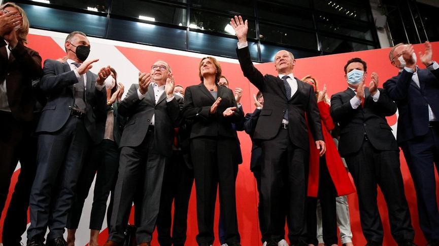 Almanya, istikrarı seçti! Euro, emekliler ve Türkiye kazandı