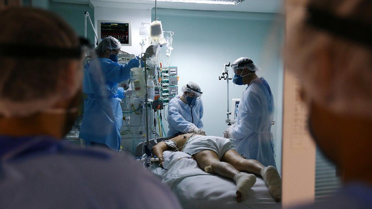 Corona virüsü beklenen yaşam süresini düşürüyor: ABD'li erkeklerde 2.2 yıl azaldı