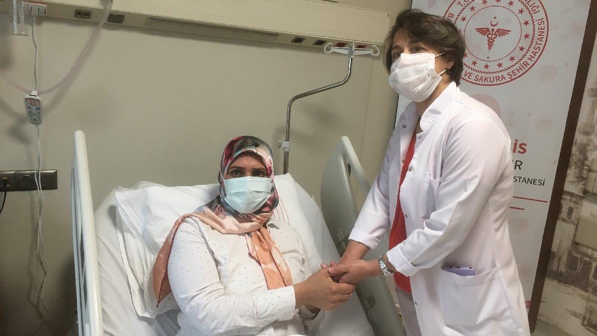 Hem kanseri hem corona virüsü yendi