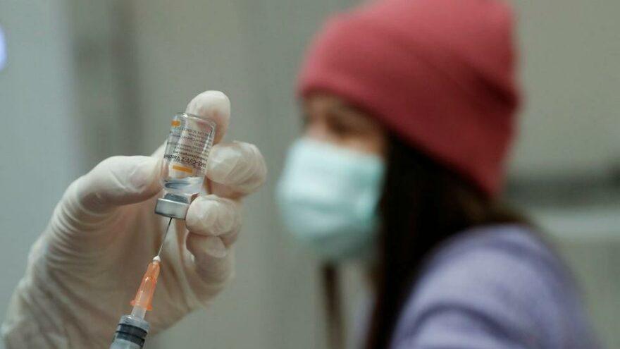 Bilim insanları bunu tartışıyor: Grip aşısı olmak Covid-19 etkilerini azaltıyor mu?