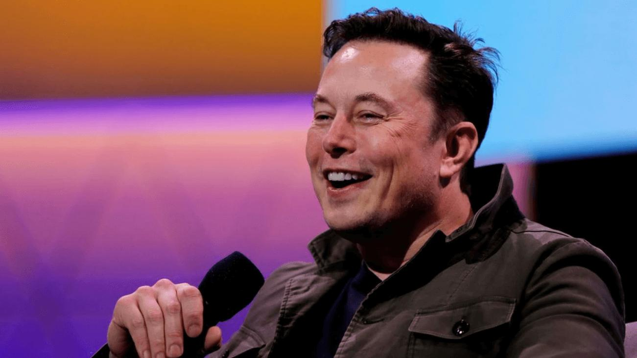 Elon Musk, Blue Origin roketiyle dalga geçti