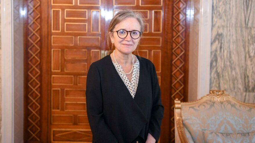 Tunus'ta ilk kadın başbakan atandı