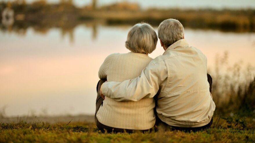 İnsan ömrü bu yüzyılda 130 yaşa ulaşabilir