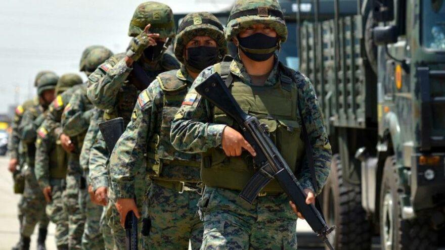 Ekvador'da cezaevlerine asker ve polis gönderildi