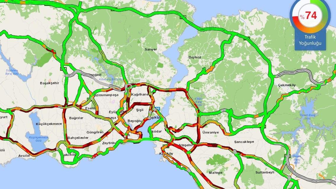 İstanbul'da trafik yoğunluğu; yüzde 74'e ulaştı