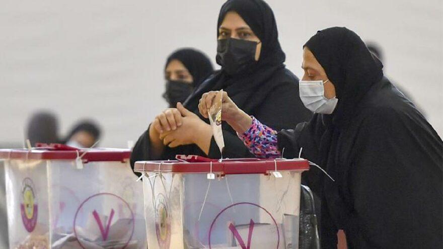 Katar'da ilk kez yapılan seçime katılım yüzde 44'te kaldı