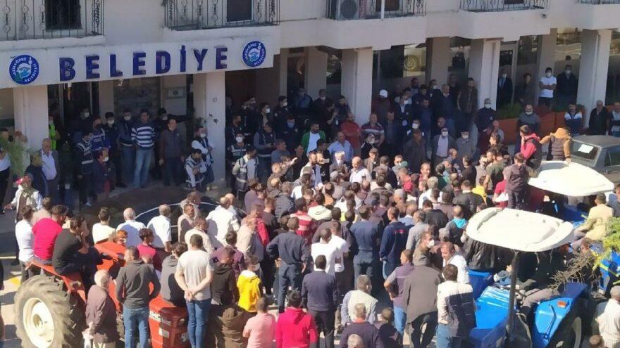 AKP'li belediyeyi taşlayan 6 kişi tutuklandı