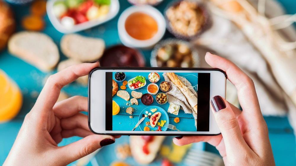 Uzmanlar uyardı: Instagram'da yemek fotoğrafı paylaşmak kilo aldırıyor