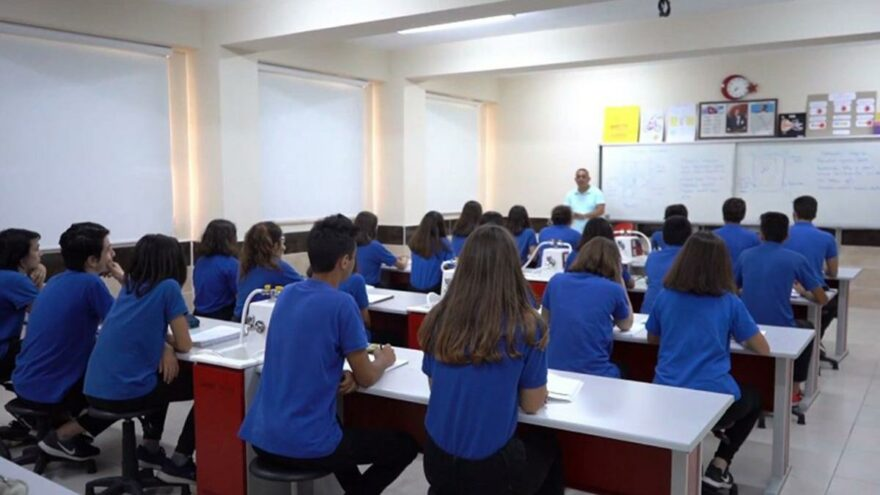 Sınıfta öğrencinin darp edilmesine Eğitim Bir Sen'den tepki