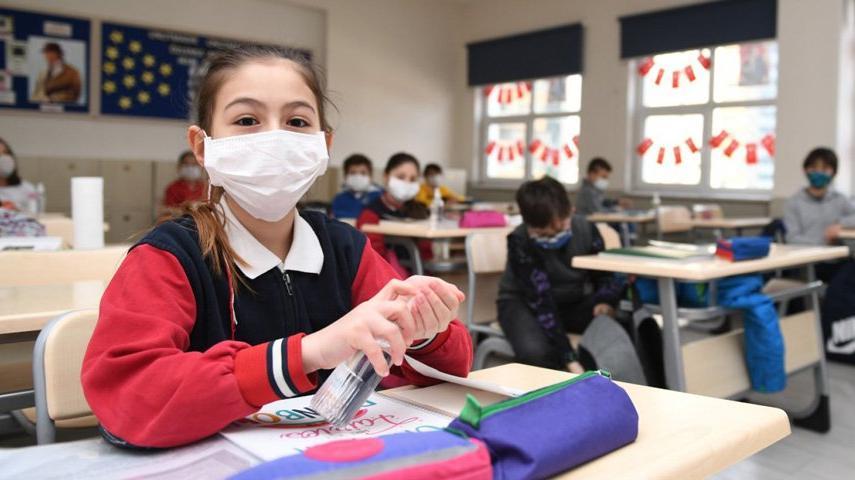 Binlerce okulda hiç temizlikçi yok
