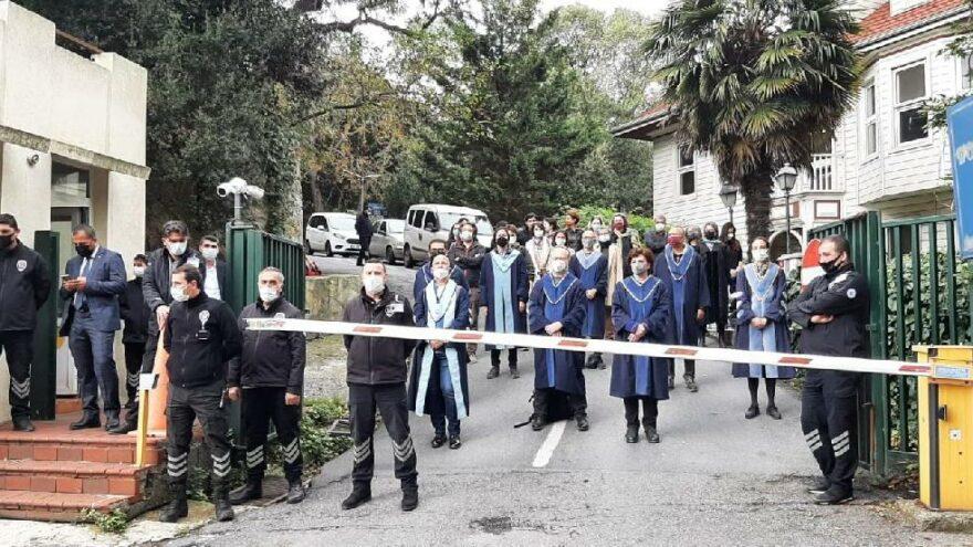 Can Candan 'Rektör talimatı' denilerek Boğaziçi'ne alınmadı