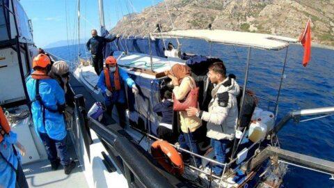 Yelkenliyle Yunanistan'a geçmeye çalışırken yakalandılar