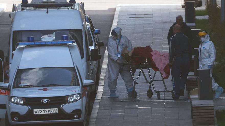 Rusya'da Covid-19'a bağlı ölümde rekor kırıldı