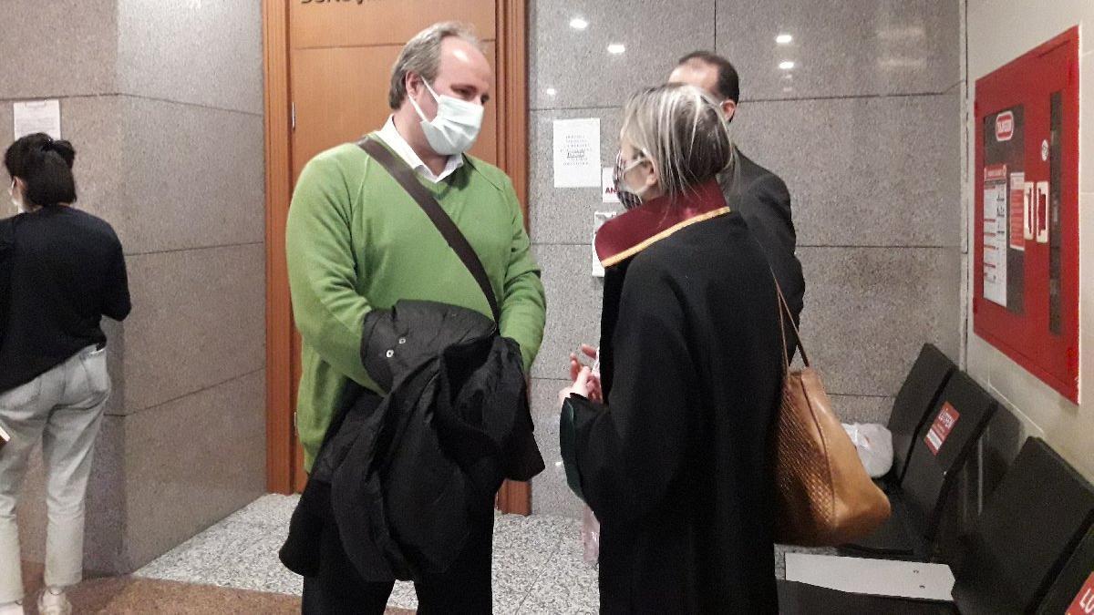 AKP'li vekile hakaret iddiasıyla 7 yıl hapis istemi