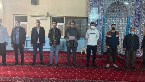 TÜGVA, caminin içinde basın açıklaması yaptı