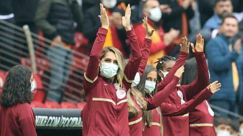 Galatasaray'dan Meme Kanseri'nde 'Kontrol Elinde' mesajı