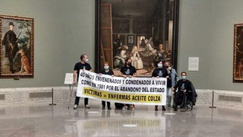 40 yıl önce gıdadan zehirlenenler İspanya'da müze işgal etti