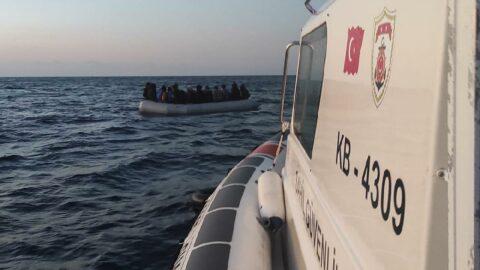 Yunanistan'ın ölüme terk ettiği 25 göçmen kurtarıldı
