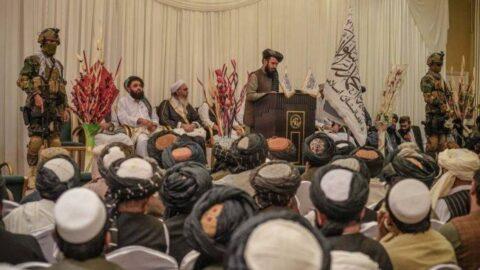 Taliban'dan skandal açıklama: İntihar bombacılarını övdü, ailelerine toprak sözü verdi