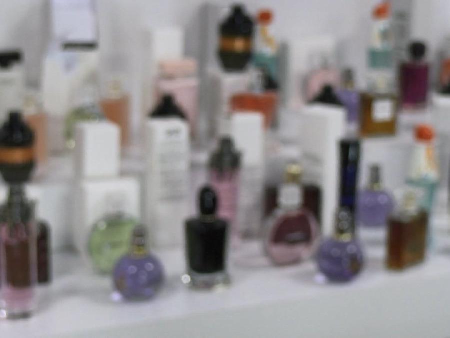 1.7 milyon liralık kaçak parfüm ele geçirildi