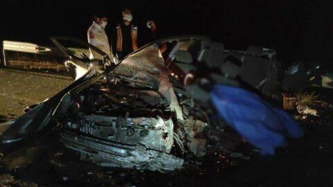 Feci kaza! Kontrolden çıkan kamyon dehşet saçtı: 5 ölü