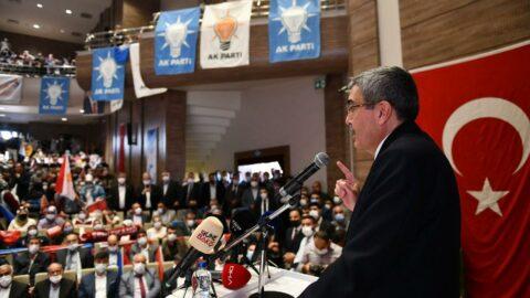 AKP toplantısında dikkat çeken sözler: Üye olmuyorlar başkanım!