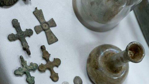 İstanbul'da 227 parça tarih eser ele geçirildi