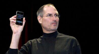 Steve Jobs'ın 18 yaşındayken yazdığı mektup açık artırmada