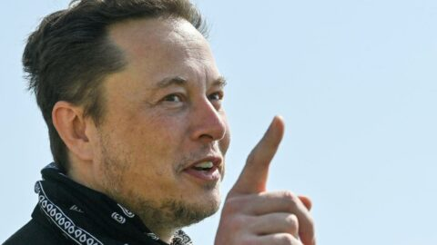 Elon Musk'ın kişisel serveti, petrol şirketi Exxon'un değerini geride bıraktı