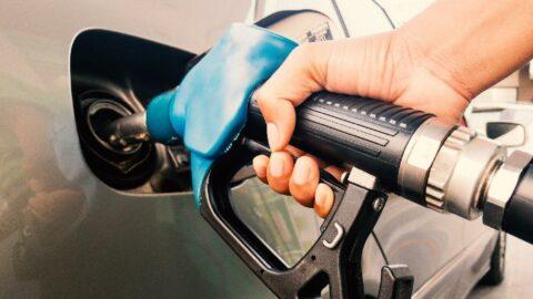 Benzin fiyatları ne kadar? Benzin fiyatlarına zam üstüne zam
