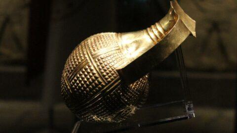 4 bin 250 yıllık altın gaga ağızlı testi İngiltere tarafından Türkiye'ye iade edildi